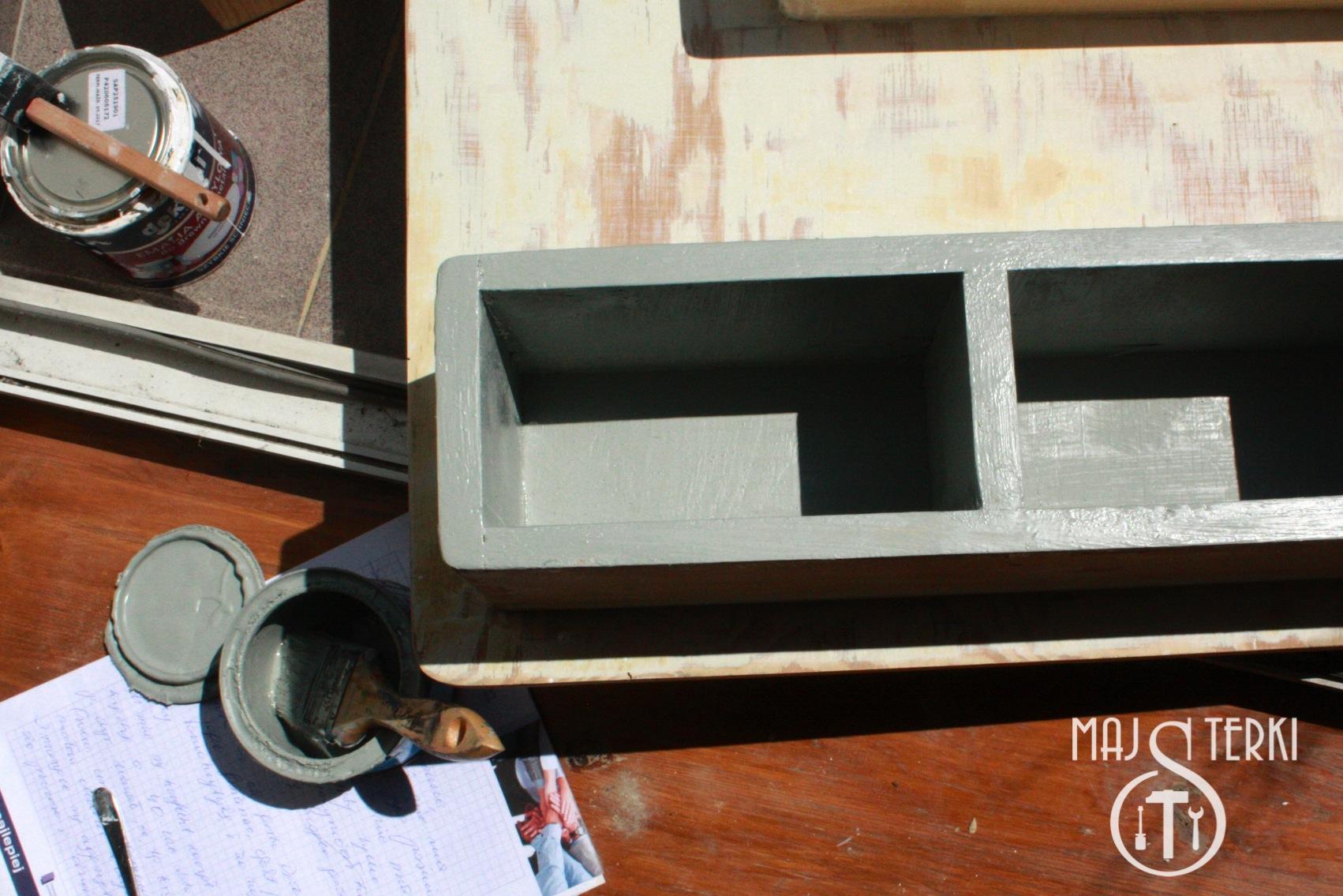 Majsterki czyli zrób to sam: renowacja szafki