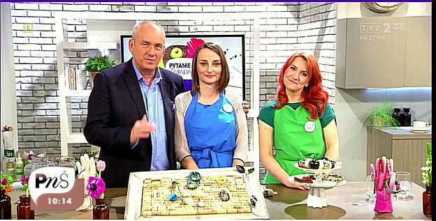 Michał Olszański, Alicja, Sylwia i trzy wieszaki na biżuterię