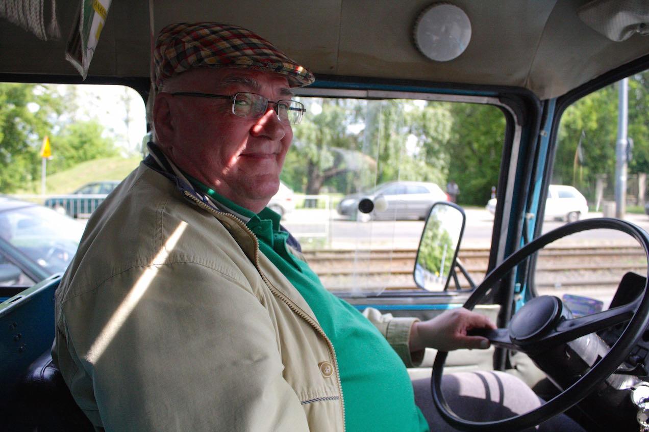 Kierowca cudnej starej Nyski