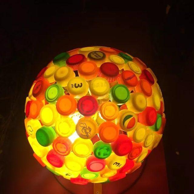lampa z nakretęk