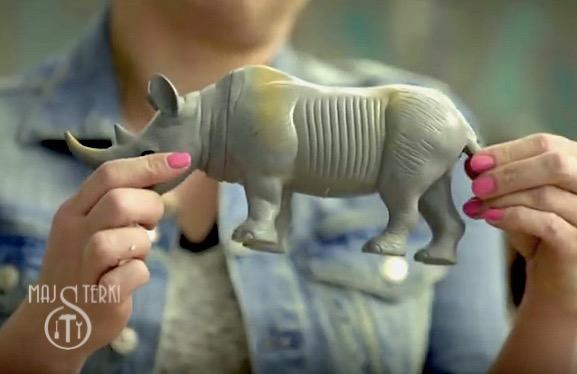 Nosorożec, podpórka, wspornik do książek w wersji DIY