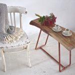 Miedź i drewno, czyli sposób na stolik