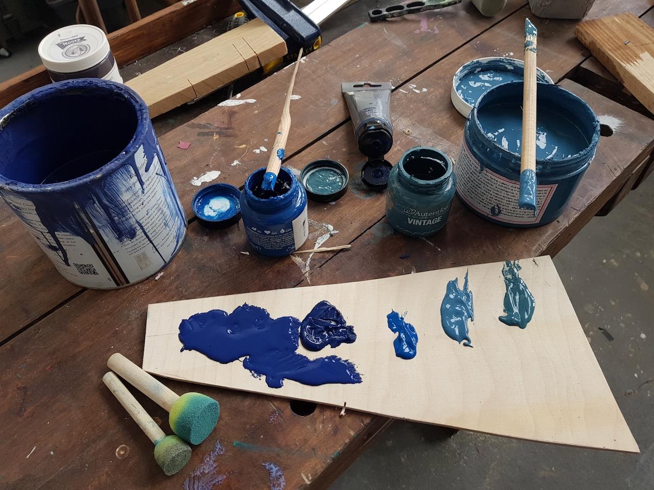 Przygotowanie mieszanki farb akrylowych